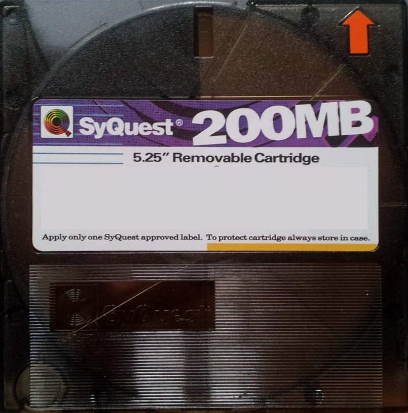 Syquest 200MB 5.25 inch disk removable cartridge for file transfer