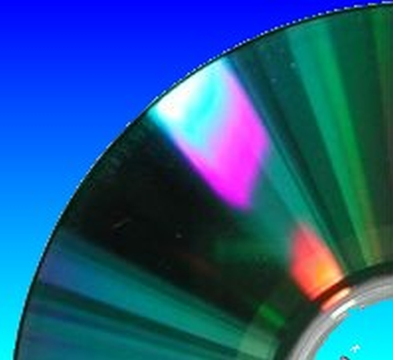 This CD or DVD had trouble mounting on a Mac. The Mac just showed the spinning beachball when trying to access the disk.