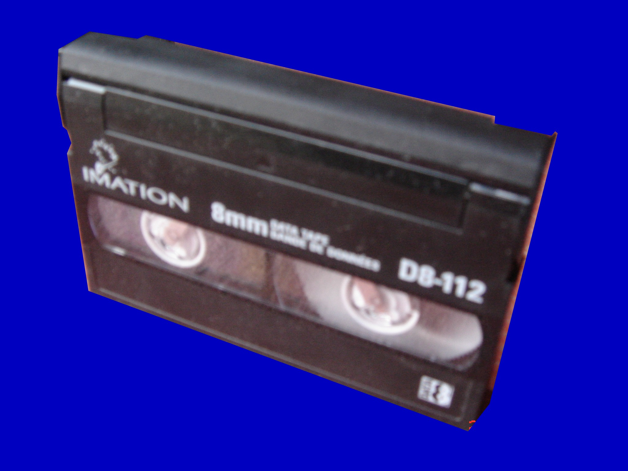 A DAT DDS3 data cartridge recieved for tape transfer to usb disc. This tape was made by Maxell and was marked as 125M 12GB capacity.