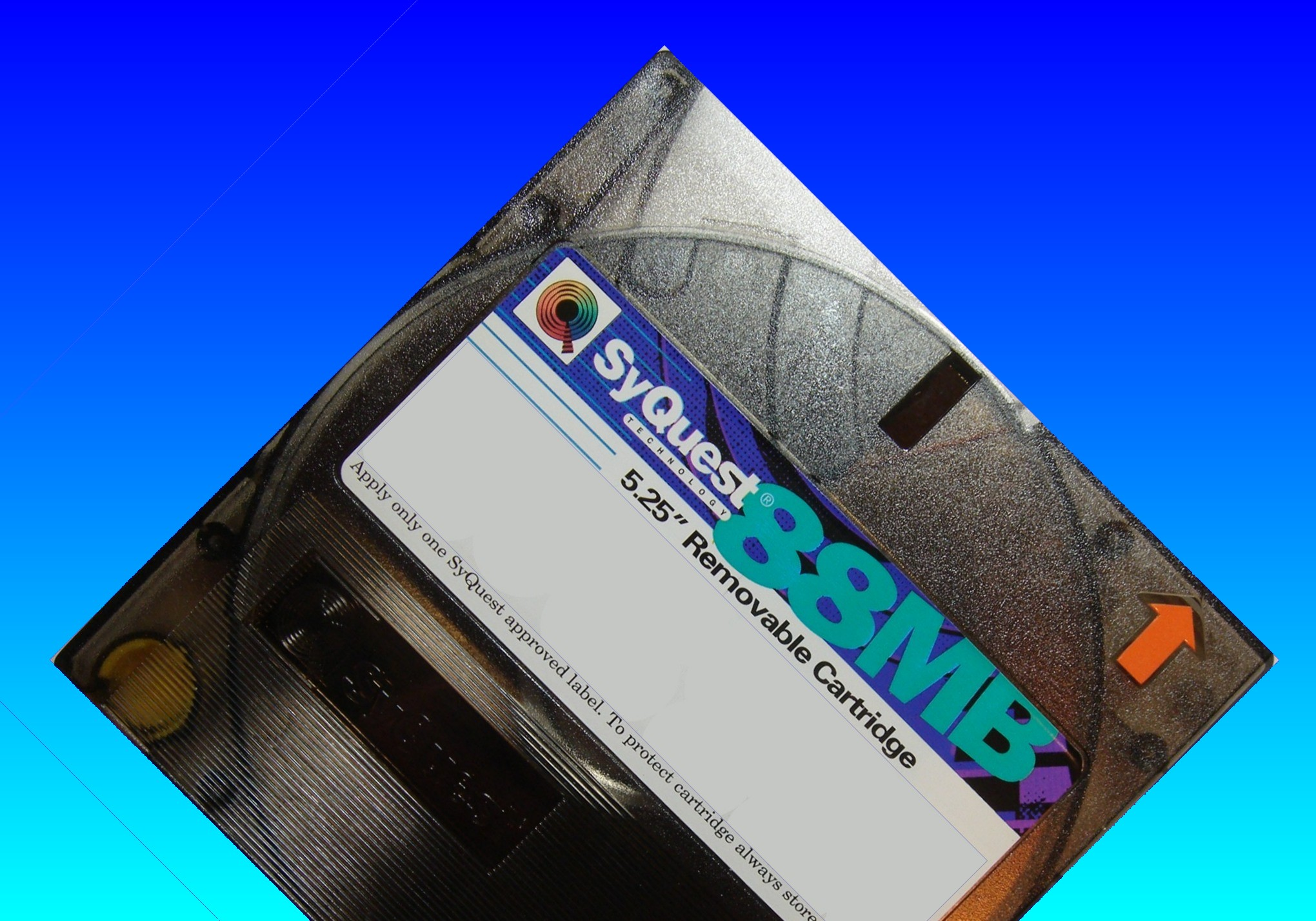 Old Syquest disk that was used in a vintage pc. The owner now required it to be read and files converted for a Windows PC.