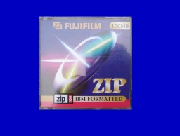 A Fujifilm ZIP disk in it's jewel case with cover. The disk was sent to us for recovery of images and pdf files.